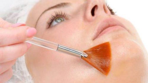 Comment sublimer votre peau avec un peeling?