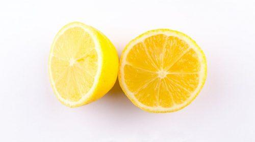 Le citron: 5 bonnes raisons de l'intégrer à votre routine beauté